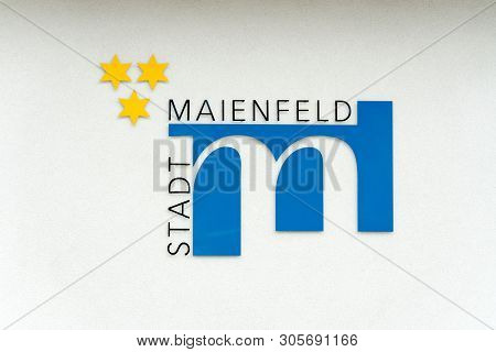 Maienfeld, Gr / Switzerland - 9 June 2019: City Symbol And Flag Of The Village Of Maienfeld With Ger