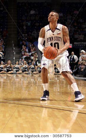 Penn State guard #10 Chris Babb