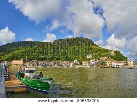 Pasajes De San Juan (pasai Donibane), Spain - June 5, 2019. Fishing Village Of Pasajes De San Juan O