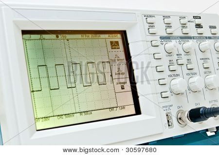 Digital Oscilloscope With Square Wave On The Screen