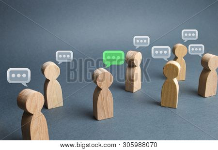 A Lot Of People Figures And Comment Clouds Above Their Heads. The Process Of Discussion And Commenti