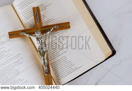 22 January 21 New York Us 2021: Reading Religious Literature Take Holy Bible With Christian Cross Of