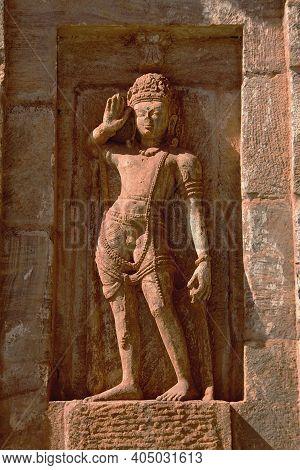 Stone Statue Of Saluting Sentry At Kumaraswamy Temple In Nandihalli Near Sandur, District Belllary,