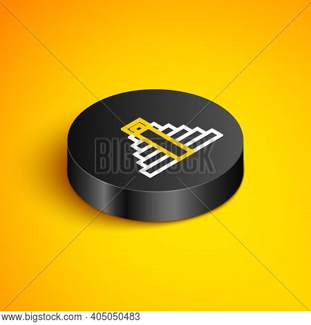 Isometric Line Chichen Itza In Mayan Icon Isolated On Yellow Background. Ancient Mayan Pyramid. Famo