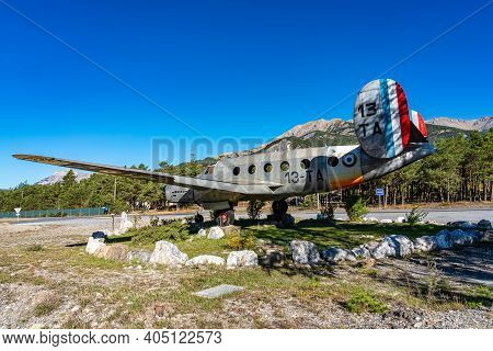 Gliding Center Ubaye Near Barcelonnette. Barcelonnette Is A Commune In The Alpes-de-haute-provence D