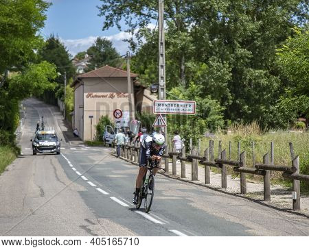 Bourgoin-jallieu, France - 07, May, 2017: The Australian Cyclist Ben O'connor Of Dimension Data Team