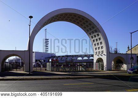 Bordeaux , Aquitaine  France - 01 24 2021 : Stade Chaban-delmas Of Union Bordeaux Begles Entrance Sp