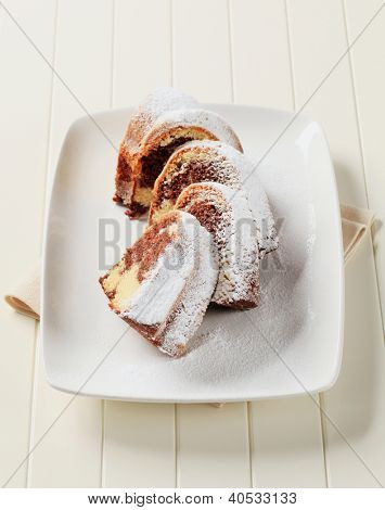 marble cake sprinkled with sugar