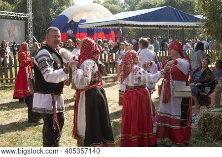 Traditional Russian Clothes Are Performing Russian Folk Dances. Belgorod , Russia - AUG, 29, 2020: