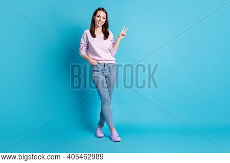 Full Length Photo Pretty Funny Lady Good Mood Street Walk Nice Weather Day Show V-sign Symbol See Fr