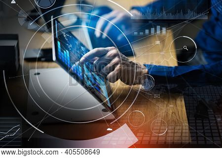Financial Data Analyst Using Kpi Dashboard Technology