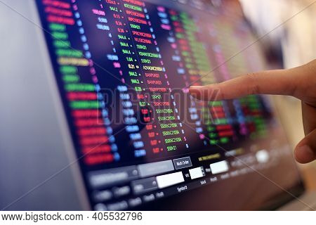 World Stock Exchange, Streaming Trade Screen, Big Data For Trading