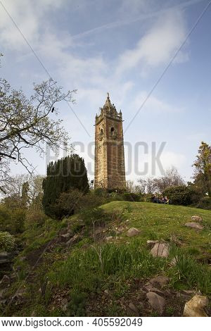 Bristol, Uk - April 8, 2019. Cabot Tower Is A Grade Ii Listed Building Built In The 1890s, Situated