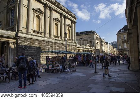 Bath, Uk - April 10, 2019. Historic Architecture Of The Entrance To Kings And Queens Baths With Bath