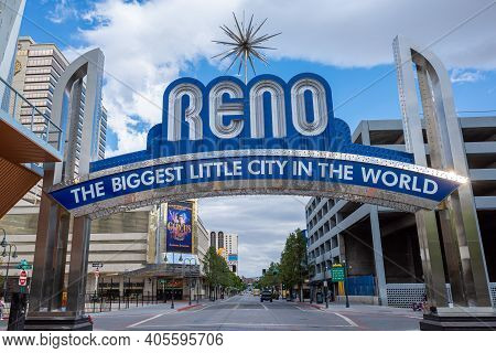 Reno, Nevada  Usa - May 30, 2020: Photograph Of The Latest Version Of The Famous Reno Arch In Downto