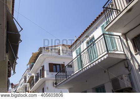 Skiathos, Greece - August 13, 2019. Looking Up At Balcony On Traditional House, Skiathos Town, Greec
