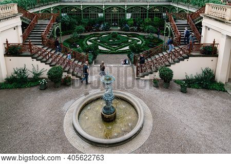 Schwerin, Germany - August 2, 2019: Garden With Fountain In Schwerin Castle, One Of The Most Importa