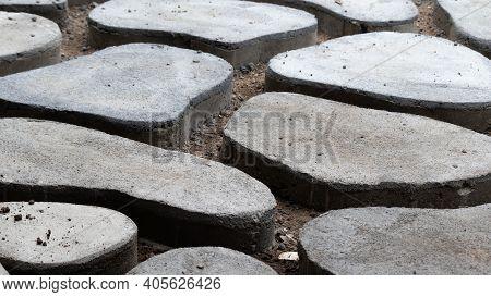 Homemade Concrete Interlock Pathway Pattern, Diy Project Image Close Up,