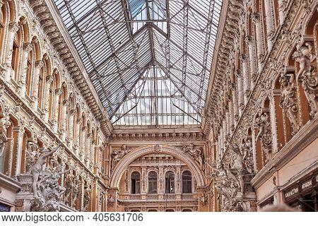 Odessa, Ukraine - Jule 2019: Indoor Atrium Of Odessa Passage - Indoor Shopping Center And Architectu