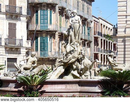 Beautiful, Ornate Statue In Central Square, Syracuse, Sicily