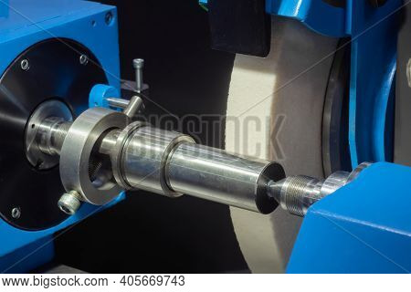 Automatic Cnc Surface Grinding Wheel Machine With Abrasive Disc Working With Metal Workpiece At Fact