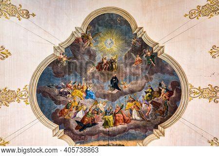 Sankt Gilgen, Austria - Juli 19, 2017: Fresco In Parish Church Of Saint Egidus In Sankt Gilgen Near
