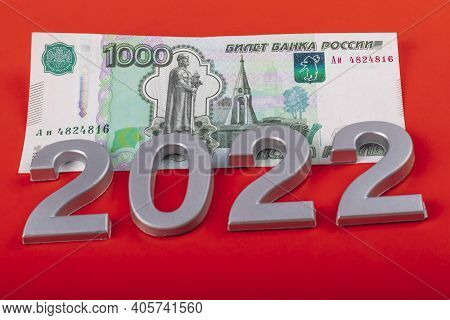 Close-up. Black Background. On It Are Numbers 2022 And A Bill Of 1000 Rubles. Russia