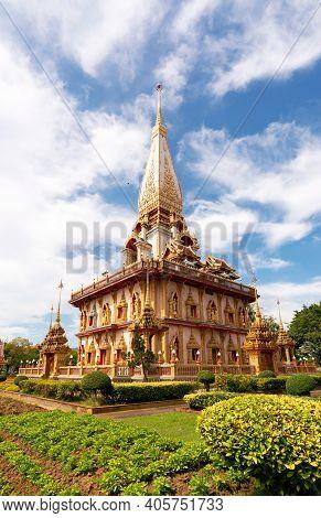 Beautiful Pagoda In Phuket, Thailand - 9 December 2020 , The Phra Mahathat Chedi (great Relic Stupa)