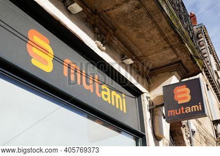 Bordeaux , Aquitaine  France - 01 24 2021 : Mutami Logo Brand Sign Of Agency Insurance Office Of Fre