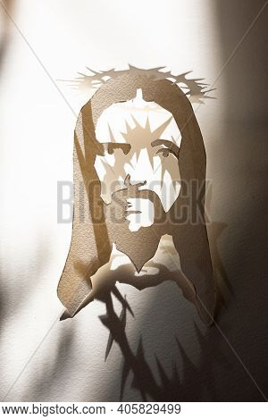 Jesus Christ Face Paper Template And Shadow With Thorn Crown As Christian Religion Savior God, Suffe