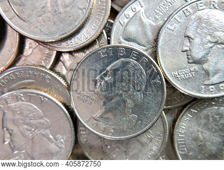 Flat View Quarters. United States Currency Twenty Five Cent Coins. The Quarter Dollar Made In 1804 W