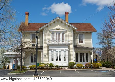 Historic Building On Main Street In Historic Center Of Andover, Massachusetts, Ma, Usa.