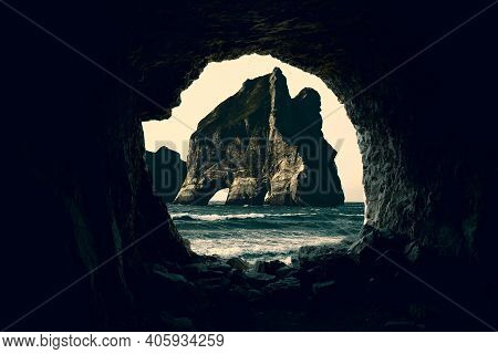 Cave In The Ocean, Cave In The Sea