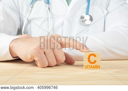 Essential Vitamins And Minerals For Humans. Doctor Recommends Taking Vitamin C. Doctor Talks About T
