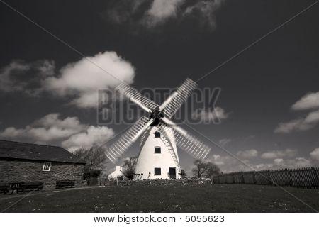 Llynnon Mill