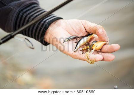 Fishing decoy