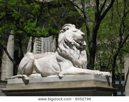 Lion Sculpture at the New York Public Library