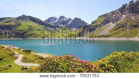 Luner See And Glacier, Austria