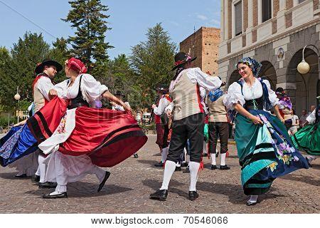 Italian Traditional Dance