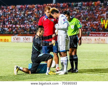 Sisaket Thailand-august 13: First Aid Team Of Ptt Rayong Fc. (black) In Action During Thai Premier L