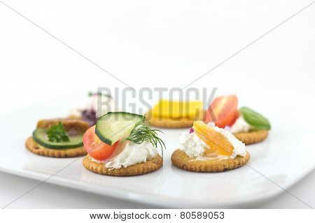 Crackers Canopes With Toppings