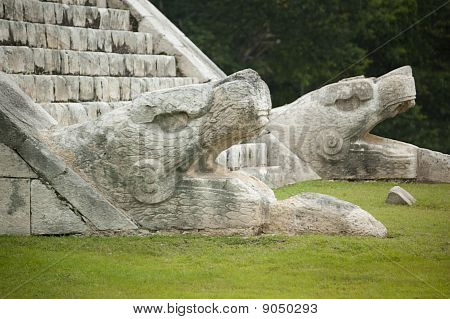 Snake heads monuments