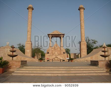 amar jawan jyoti (a monument in jaipur to pay tribute to martyrs)