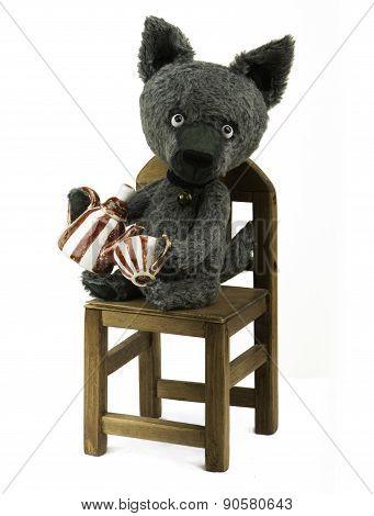 Toy wolf