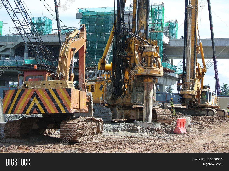 Bore Pile Rig Machine Image & Photo (Free Trial) | Bigstock