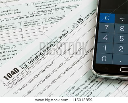 Calculator App Smartphone On 2015 Form 1040