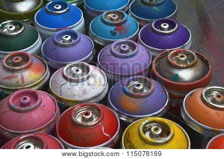 Multicolour Graffiti Spray Paint Cans