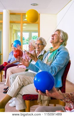 Group Of Elderly Ladies In A Seniors Gym