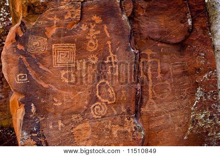 Sinagua Petroglyphs