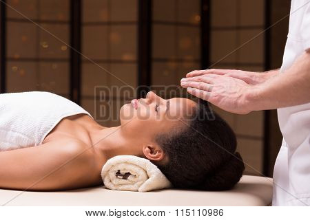 Physiotherapist And Bioenergy Therapy